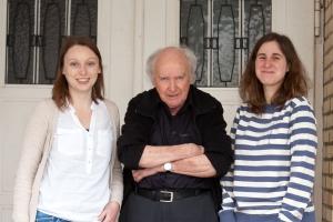 (Orla Flock, Lektorat; Beat Brechbühl, Verlagsleiter; Isabella Looser, Presse und Vertrieb)